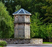 ELGIN - CHANDLERS DOOCOT by JASPERIMAGE