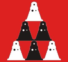 Dalek Pyramid - T shirt by BlueShift