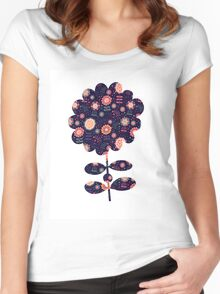 Flora Women's Fitted Scoop T-Shirt