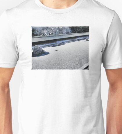 Winter Might Frost (Kyoto) Unisex T-Shirt