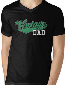 Vintage DAD 2C Design Green/White Mens V-Neck T-Shirt