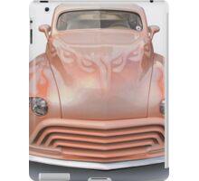 1946 Oldsmobile Custom Sedanette I iPad Case/Skin