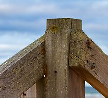 LOSSIEMOUTH EAST BEACH - STILL STANDING  by JASPERIMAGE