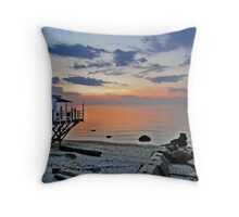 Long Island - North Fork - Soundview Throw Pillow