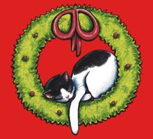 Christmas Kitty Wreath Kids Tee