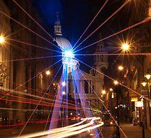Light rays on a St. Paul's night by santinopani