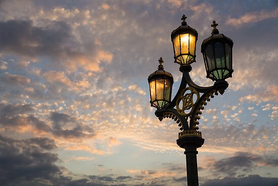 One Light Out - Westminster Bridge Streetlights - River Thames in London, UK by Georgia Mizuleva