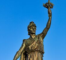 VICTORY AND PEACE - ELGIN WAR MEMORIAL by JASPERIMAGE