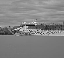 Cruise Ship Norwegian Gem On The Hudson Rv. by pmarella