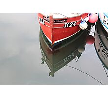 Red bow, reflected Photographic Print