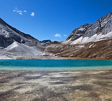 Lake 4600m by jasonksleung