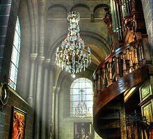 La cathédrale Notre-Dame-de-l'Annonciation du Puy-en-Velay by KERES Jasminka