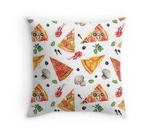 pizza love mushroom Throw Pillow
