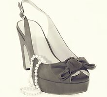 Fabulous Pearls Shoe Creamy Java by CptnLucky