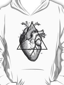 Love will tear us apart - Big triangle heart T-Shirt