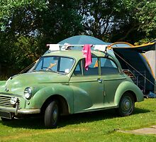 Old Morris Minor by Kawka