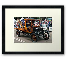 OLD BEAUTY 17 Framed Print