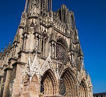 Cathedrale Notre Dame de Reims by Geoffrey Fighiera