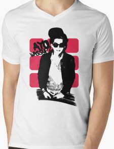 "Kris: ""Ayo wassup?"" w/ Text (Clothing) Mens V-Neck T-Shirt"