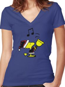 Woodstock Xmas Women's Fitted V-Neck T-Shirt