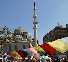 Yeni Mosque in Istanbul by Jens Helmstedt
