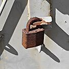 Rusted Padlockock © by Ethna Gillespie