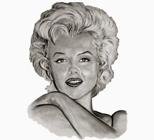 Marilyn in black and white T-Shirt
