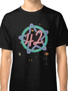 Hitchikers Guide to the Galaxy - 42 Classic T-Shirt