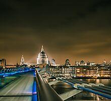 St pauls and the Millenium bridge by Ian Hufton