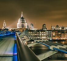 London at Night St Pauls by Ian Hufton