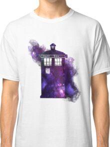 Tardis in space Classic T-Shirt