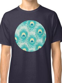 Peacock feathers pattern Classic T-Shirt