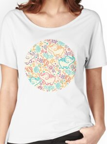 Elephants with bouquets pattern Women's Relaxed Fit T-Shirt