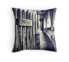 Privé Throw Pillow