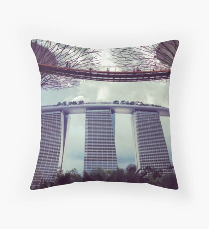 hotel Marina Bay Sands Throw Pillow