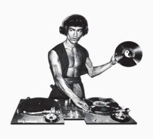 Bruce Lee DJ T-Shirt by GeekLab