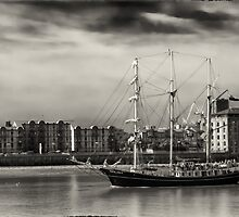 Tall Ship on the Thames by Londonboy