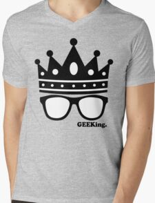 GEEKing Mens V-Neck T-Shirt