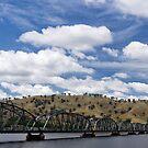 Bridging the Murray River by Norman Repacholi