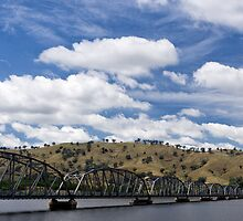 Bridging the Murray River by Norman Repacholi