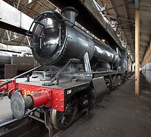 Steam Locomotive II by Simon Lawrence