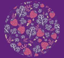 Yummy strawberries pattern T-Shirt