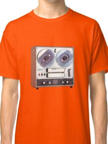 Vintage Analog tapedeck player Classic T-Shirt