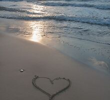 Heart at the beach by OHphoty
