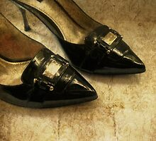 Golden Shoes by Vitta