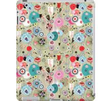 texture of unusual plants and bird lovers iPad Case/Skin