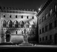 Piazza dei Salimbeni by Bryan Peterson