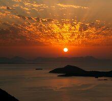 The sky is on fire! by ChrLachanidis