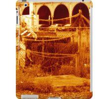 fishing & the beach (brighton 07) iPad Case/Skin