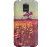 lying in a field of daisies Samsung Galaxy Case/Skin